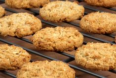 these Healthy Oatmeal, Raisin, Cranberry Cookies are in the oven and looking mighty tasty:) Cookie Recipes, Dessert Recipes, Desserts, Yummy Treats, Yummy Food, Pumpkin Spice Cookies, Cranberry Cookies, Peanut Butter Oatmeal, Healthy Sweets