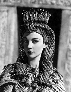 Classic Movies Photo: Caesar and Cleopatra