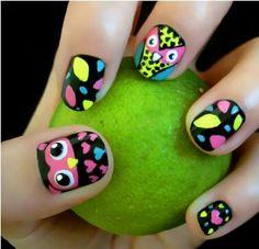 Coruja nail art