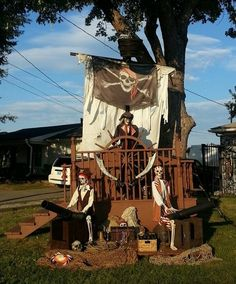 Halloween pirate setup-Ideas for this year. Halloween Prop, Pirate Halloween Decorations, Decoration Pirate, Pirate Halloween Party, Pirate Birthday, Outdoor Halloween, Halloween Themes, Fall Halloween, Halloween Horror