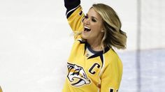 The country music star took to Twitter to celebrate the Predators' historic sweep of the Blackhawks