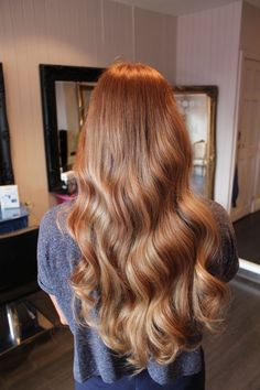 – New Site - Trend Frisuren Brown Blonde Hair, Wavy Hair, Dyed Hair, Blonde Brunette, Strawberry Blonde Hair Color, Hair Color And Cut, Ginger Hair, Pretty Hairstyles, Hair Looks
