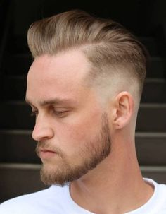 Top 35 Stunning Blonde Hairstyles for Men -Bust Fade Blonde Hair - All For Hair Cutes Blond Hairstyles, Trendy Mens Hairstyles, Side Part Hairstyles, Blonde Haircuts, Haircuts For Men, Surfer Hairstyles, Men's Haircuts, Comb Over Haircut, Fade Haircut