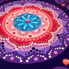 Mandala pintada com tinta acrílica em caixinha de mdf. Feito por encomenda.