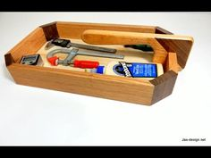 How to cut bird's mouth joinery on a table saw - make a woodworker's tool tray