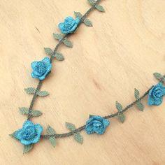 私の Etsy ショップからのお気に入り https://www.etsy.com/jp/listing/460017204/turkish-oya-lace-necklace-rose-skyblue
