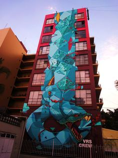 Graffiti : View of mural painting on a wall of a building made by the VRS crew in Guadalajara, Mexico. © Fixe
