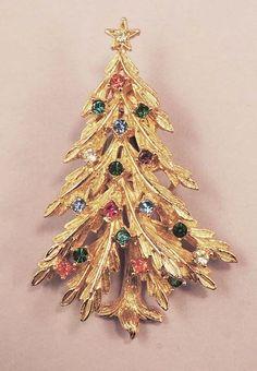 ART Vintage Rhinestone Christmas Tree Brooch
