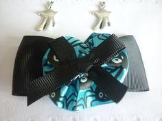 Barrette Halloween tissu noir, fleur turquoise et noeud noir, vendue par lot de 2. : Accessoires coiffure par laboiteabijouxnanny