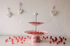 ETAGERE / Cake stand. http://de.dawanda.com/shop/weissherz