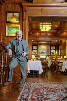 Le Polo Bar, nouvelle table new-yorkaise de Ralph Lauren http://journalduluxe.fr/polo-bar-ralph-lauren/