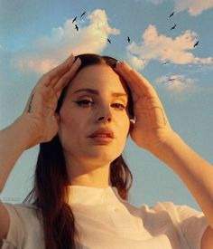 Lana Del Rey 2017 Lust for Life era Lana Del Ray, Icon Girl, Elizabeth Woolridge Grant, Lust For Life, Music Aesthetic, Punk, Fashion Tips For Women, Pretty People, Beautiful People