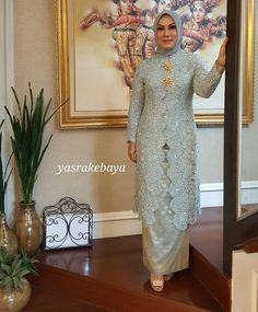 #yasrakebaya #kebayawedding #kebaya #motherofbride #fashion #instafashion #thankyouforwearingyasra❤❤❤ @vmrmira