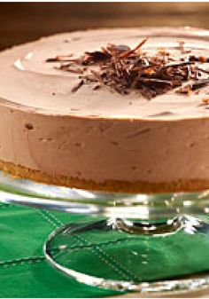 Festive Irish Cream Cheesecake – Serve this no-bake chocolate cheesecake recipe—flavored with Irish cream liquer—on St. Paddy's Day or for any festive occasion.