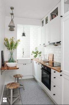 If you are looking for Apartment Kitchen Design Ideas, You come to the right place. Below are the Apartment Kitchen Design Ideas. This post about Apartment Kitchen Design Ideas was posted under the Ki. Galley Kitchen Design, Small Space Kitchen, New Kitchen, Kitchen White, Kitchen Wood, Compact Kitchen, Cheap Kitchen, Small Dining, Kitchen Modern