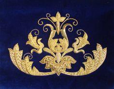 Gold work By Cristina Badillo Gold Embroidery, Cross Stitch Embroidery, Embroidery Patterns, Art Du Fil, Corpus Christi, Gold Work, Embroidery Techniques, Bargello, Needlework