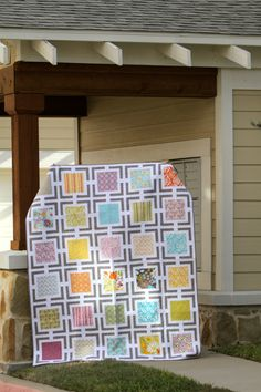 Abby's Quilt by Michelle Kitto.  Eek!  HandiQuilter pinned [her] quilt!!