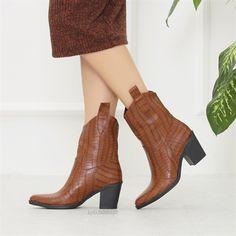 Sotanes Taba Kroko Desenli Kısa Topuklu Western Bot  #brown #crocodile #heels #boots #western #kahverengi #topuklu #bot #timsahdesenli #kovboy Boot Heels, Tabata, Western Boots, Platform, Booty, Ankle, Shoes, Fashion, Moda