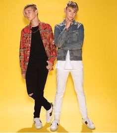 Marcus & Martinus photoshoot for Invited Future Boyfriend Quotes, Boyfriend Pictures, Boyfriend Humor, Love Twins, Normal Person, Anime Music, Twin Boys, Holding Baby, My King