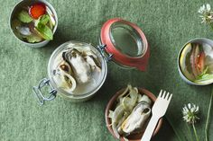 Pickled (marinated) mussels