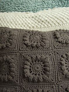 Crochet cushion - a block from the seventies!