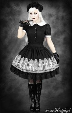 Cathedral themed Lolita dress. I love these.
