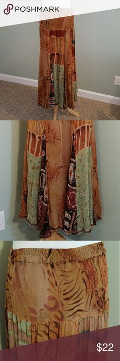 """Boho Skirt Fun Jungle pattern long skirt.  Elastic waist band with alot of stretch. Measures 35.5"""" long from waist to bottom.  No flaws.  ? AVAILABLE  ??TRADES ??HOLDS ??SAVE 10% 3+ITEMS ?? SHIPS 2X WEEK ANU by Natural  Skirts Maxi"""