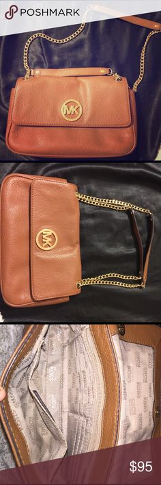 ✨PERFECT CONDITION MK Small Purse (sell only)!!! Authentic! NO STAINS OR WEAR!! Gold chain strap, can be used as long or short.. This is not a cross body!! Inside has credit card slots and a zipper pocket. Outside has a magnetic close pouch. Bought at Michael Kors!! MICHAEL Michael Kors Bags Shoulder Bags