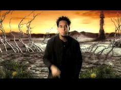 Linkin Park - the first video that ever understood what my dreams look like :)