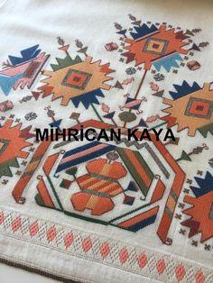 Muşabak çalışması... #handmade #mywork #embroidery #elişlerim Mirror Work, Hand Embroidery, Bohemian Rug, Cross Stitch, Ottoman, Needlepoint, Punto De Cruz, Seed Stitch, Cross Stitches