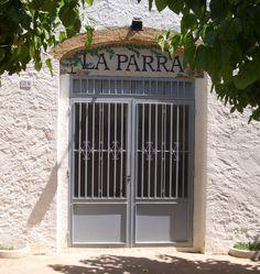 Centre Cultural i Recreatiu La Parra, Avinyonet del Penedès https://www.facebook.com/pages/Centre-Cultural-i-Recreatiu-La-Parra/745093482209521