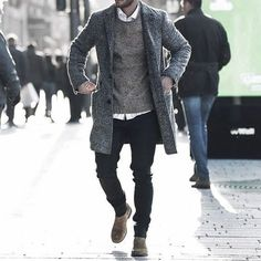 Guys Winter Outfits Style Designs  We 🧡 www.blinkedtwice.com Men's Fall Fashion, Mens Fashion Outfits, Fashion Coat, Stylish Mens Outfits, Fashion Fashion, Winter Street Style Men, Mens Style Winter, Casual Winter, Winter Stil
