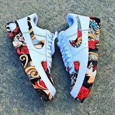 Comment your pick below👇🏼 - custom sneakers by independent artists👟 📸: Best Sneakers, Custom Sneakers, Sneakers Fashion, Fashion Shoes, Sneakers Nike, Custom Painted Shoes, Custom Shoes, Sneaker Plug, Nike Shoes Air Force