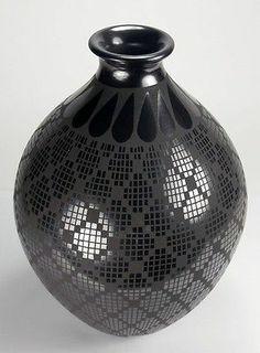 Mata Ortiz Pottery by Abigail Lopez Black Pot | eBay