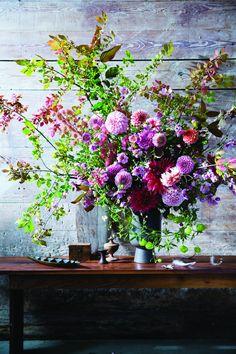 Floral Designer Arranging Secrets ~ Floral designer Ariella Chezar likes to create tonal arrangements with a limited palette  | Architectural Digest