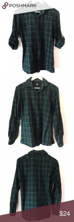 Men's • Rock & Republic • Oxford This dark green plaid oxford has two looks in one, long sleeved for a dress work shirt or rolled up with the button attachment for that casual day. Extra buttons are attached on inside of shirt.  🔶Brand • Rock & Republic.  🔶Size • Small.  🔶Fabric • 100% cotton.  🔶Condition • Great condition, no rips, tears or stains.  🔶Please take note of measurements in last pic which are approximate. Rock & Republic Shirts Casual Button Down Shirts