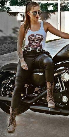 Love her boots Female Motorcycle Riders, Scooter Motorcycle, Motorbike Girl, Lady Biker, Biker Girl, Biker Baby, Bike Boots, Chicks On Bikes, Estilo Rock