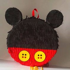 This beautiful pinata is unique, super original and made with cardboard and Crepe paper, it. will bring joy to your party. Mickey Mouse Pinata, Fiesta Mickey Mouse, Mickey Party, Mickey Mouse Birthday, Mickey And Friends, Mouse Parties, Creative Kids, 1st Birthday Parties, Handmade