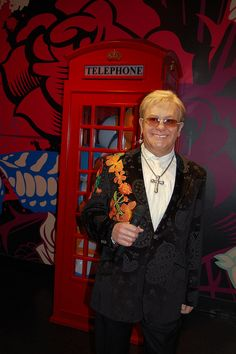 Elton John at Madame Tussauds Wax Museum, Hollywood. [Photography by Marie Winton] Tussauds London, The Big C, Wax Museum, Madame Tussauds, The Visitors, Famous Celebrities, Famous People, To My Daughter, The Incredibles