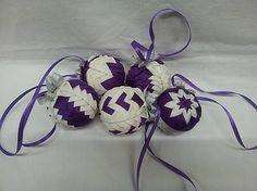 vianočné gule - fialovo-smotanové