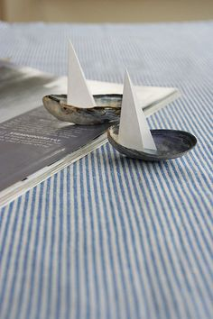 DIY: Oyster Shells as Toy Boats