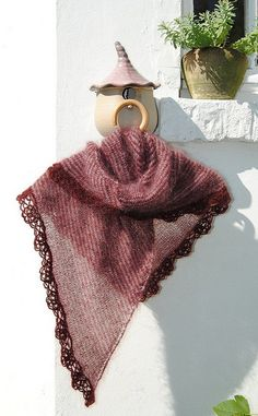 Knit shawl in three colours with crochet edging