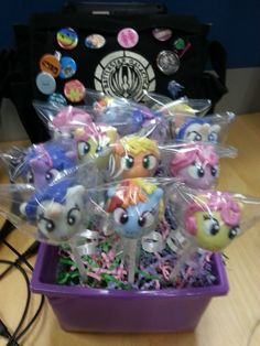 my little pony cake pops these look awesome but difficult