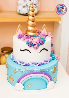 [orginial_title] – Dafina Abazi Spahiu Torta Unicornio arcoiris Torta unicornio arcoiris – Unicorn cake – Rainbow unicorn cake > by [author_name] Easy Unicorn Cake, Unicorn Cake Pops, Rainbow Unicorn, Unicorn Cakes, Dessert Party, Dessert Tables, Bolo Paris, Unicorn Themed Birthday Party, Cake Birthday