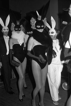 Vintage Halloween Pictures Prove It Was Always Provocative Photos | W Magazine Party Pictures, Halloween Pictures, Cool Pictures, El Rock And Roll, Celebrity Costumes, Bunny Costume, Nocturnal Animals, Brooke Shields, Club Kids
