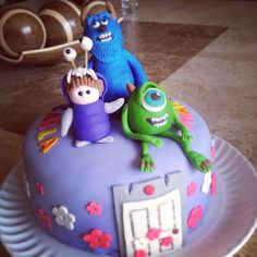 Monsters inc fondant cake Pastel de monters inc en fondant  Sullivan mike wazowski and boo cake