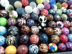 Musical balls with patterns