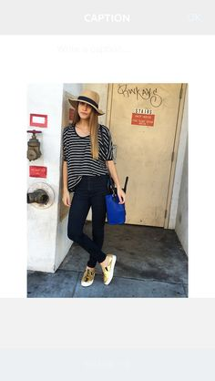 Panama hat & comfortable outfit ! Gold leather slip on sneakers ✔️