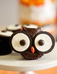 Oreo Owls ^_^  Sweet Treats Good Idea!