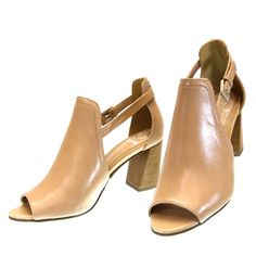 b917f16cc2 bota feminina cano curto bota de couro bota de couro feminina Bota  capodarte scarpin sapato scarpin scarpin preto scarpin vermelho tenis  casual tenis casual ...